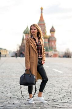 How to dress stylishly for the cold weather, as seen on the streets of Russia: