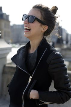 Love that coat + sunglasses + hairstyle