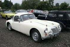 MGA Twin-Cam Coupé (1960)