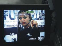 """Associação apresenta documentário sobre trajetória de 10 anos de promoção à inclusão social. O produtor de vídeo, Paulo Santiago, a psicóloga, Gisele Porto e mais quinze adolescentes de baixa renda iniciaram, em abril de 1999, um dos mais fascinantes projetos de uso da mídia no Brasil, o programa Novolhar. Entre os trabalhos desenvolvidos, está a...<br /><a class=""""more-link"""" href=""""https://catracalivre.com.br/geral/agenda/barato/novolhar-exibe-sua-historia-no-cinebombril/"""">Continue lendo…"""