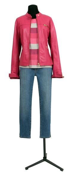 1.2.3 Paris - Blouson Tess 259€ Top Bree 59€ Pantalon Davis 79€ #cuir #rose #rayures #jean #denim #zippe #bleu #mode #ete #123