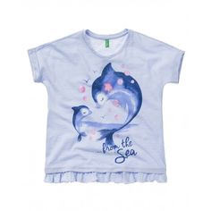 Short sleeve crew neck cotton t-shirt with frontal print and frill at bottom.