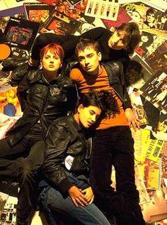 '90s band Elastica