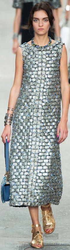 :dress yes...necklace...bag...sandal...no:
