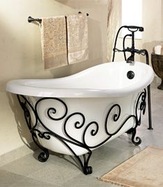 I would LOVE to have this wrought iron frame for my clawfoot tub.
