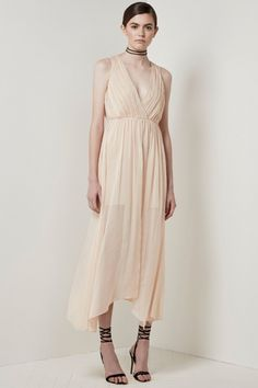 Keepsake All Rise Maxi Dress find it and other fashion trends. Online shopping for Keepsake clothing. The all rise maxi dress features a pleated wrap bodice. Buy Maxi Dresses Online, Ethical Fashion, Womens Fashion, Fashion Trends, Stylist Pick, Keepsake The Label, Races Fashion, Fashion Labels, Cool Style