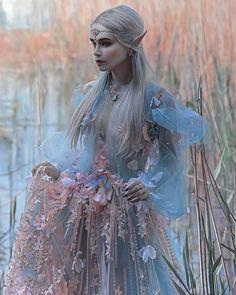 Photography fantasy fairy tales nature 21 Ideas Source by ideas fantasy Foto Fantasy, Fantasy Art, Fantasy Fairies, Fantasy Model, Fantasy Inspiration, Character Inspiration, Fantasy Photography, Fashion Photography, Halloween Photography