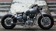 """Momot"": Royal Enfield 500 Bobber by Jowo Kustom – Motorcycle Ideas Triumph Bonneville, Triumph Bobber, Bobber Bikes, Bobber Motorcycle, Moto Bike, Motorcycles, Royal Enfield Bullet, Enfield Classic, Kustom"