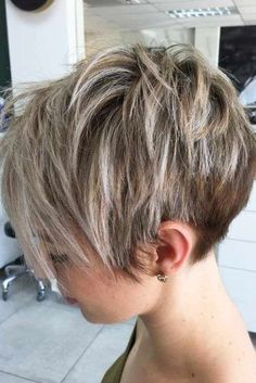 Short Messy Wedge Cut ❤️The wedge haircut is on everyone's lips today! It's the best idea for thin hair that makes ladies forget about flat looks once and for all. See how it works: anything from short and classic Short Pixie Haircuts, Short Hairstyles For Women, Hairstyles Haircuts, Pixie Haircut Fine Hair, Short Pixie Bob, Shaggy Pixie, Long Pixie Hairstyles, Haircut Bob, Wedge Hairstyles