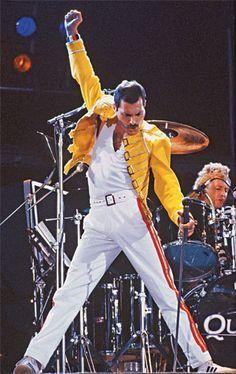 Especial Freddie Mercury - Conheça a trajetória do Rockstar que encantou o mundo…