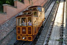 Castle Hill Funicular Budapest, Air One, Amazing Race, Quebec, Castle, Racing, Cars, Google Search, Hungary