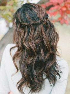 long loose waves with braided crown