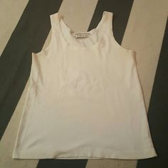 Kenar medium ivory tank top size medium soft knit no rips tears or stains Kenar Tops Tank Tops