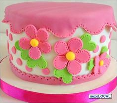 Spring flowers - Cake by Sweet Janis Cake Decorating With Fondant, Cake Decorating Techniques, Cake Decorating Tips, Cake Truffles, Cupcake Cookies, Pretty Cakes, Cute Cakes, Snowman Cake, Birthday Cake Girls