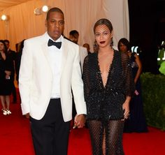 The Knowles and the Carters and the Carter-Knowles have finally issued a statement addressing video footage of a physical altercation between Solange and Jay Z in an elevator after the Met Ball last week. | Beyoncé And Jay Z Break Their Silence On The Infamous Elevator Incident