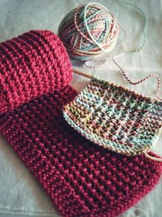 Soda Fountain + free scarf pattern with a very interesting, but easy, new to me stitch.