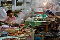 #Laos - Market at Luang Prabang © Michel Gotin