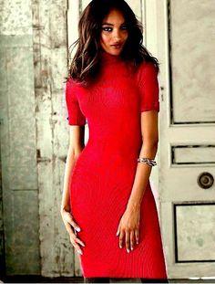 Czerwona Sukienka z golfem Victoria's Secret L 40