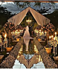 Glamorous Wedding Venues Couples nowadays are often looking to stand out with their wedding. Gone are the days where everyone dreamed of having a big white fairytale; Wedding Stage, Wedding Goals, Wedding Themes, Wedding Reception, Wedding Venues, Destination Wedding, Wedding Planning, Wedding Decorations, Wedding Lighting