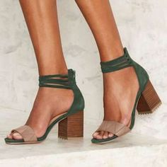 Shop Floryday for affordable Pumps Shoes. Floryday offers latest ladies' Pumps Shoes collections to fit every occasion. Chunky Heel Shoes, Low Heel Boots, Low Heels, Women's Heels, Shoes Flats Sandals, Pump Shoes, Latest Ladies Shoes, Cute Heels, Fashion Sandals