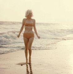 missmonroes:  Marilyn Monroe photographed by george Barris,... (scheduled via http://www.tailwindapp.com?utm_source=pinterest&utm_medium=twpin&utm_content=post26666270&utm_campaign=scheduler_attribution)
