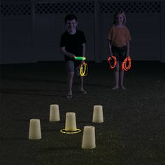 Glow-in-the-Dark Ring Toss Game Idea Dinner Party Games, Fun Party Games, Adult Party Games, Ideas Party, Carnival Birthday Parties, Birthday Party Games, School Carnival, Birthday Ideas, Glow Party