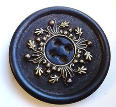 Antique Horn Hoof Button with Brass Filigree