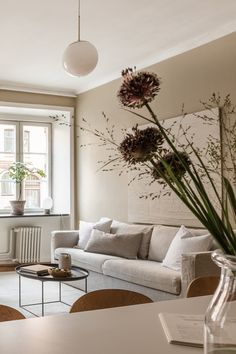 Beige on beige apartment with New Nordic interiors #beige #beigewalls #beigeaesthetic an-apartment-with-fifty-shades-of-beige-krone-kern-alvhem-2