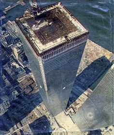 Here it is, the MEGA WTC picture thread where all pictures of the WTC pre are posted and we remember the Twin Towers. World Trade Towers, World Trade Center Nyc, Trade Centre, Famous Buildings, City Buildings, Famous Landmarks, 11. September, I Love Nyc, Historical Photos