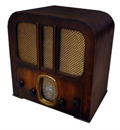 Crosley 516 Unique Antique Bluetooth Radios. Vintage retro MP3 docking stations.
