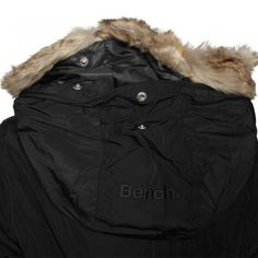 Bench Damen Winterjacke Rich Look Bomber schwarz