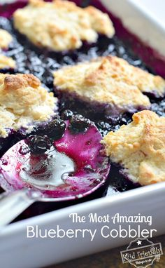 Over 17 delicious looking and Easy Cobbler recipes to try today! Come over and find blackberry, blueberry, apple, peach, strawberry, rhubarb, cherry, cake mix and even 3 ingredient cobbler recipes. www.kidfriendlythingstodo.com #cobblerrecipes #berrycobbler #peachcobbler #cakemixcobbler #blueberrycobbler #blackberrycobbler #easycobblerrecipe
