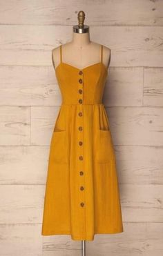 Womens Clothes Box after Best Casual Outfits 2019 while Casual Dress For Beach Party. Womens Clothes Sale Clearance Matalan outside Casual Outfits Apple Shape Casual Dress Outfits, Mode Outfits, Yellow Dress Outfits, Yellow Sundress, Yellow Midi Dress, White Dress, Mode Inspiration, Pretty Dresses, Elegant Dresses