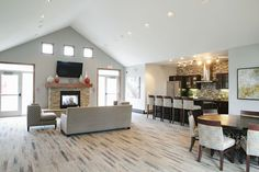 Valley Creek Apartments in Woodbury, MN | Photo Gallery