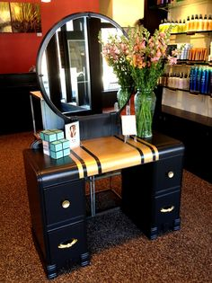 Vintage vanity and the modern twist of the color blocked stripes | DIY Instructions