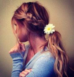 Awesome hair style for spring/summer!