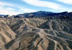 Road trip in USA, via death valley