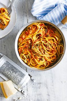 The Pool | Food and home - Linguine with creamy tomato, rosemary and caper sauce