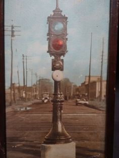 the constructing of the traffic light 1914 - Yahoo Image Search Results Traffic Light, Yahoo Images, Image Search, Construction, History, Historia, History Books, History Activities, Building