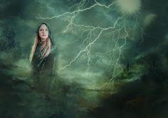 The Lady Of Lightning: Psychic Tarot