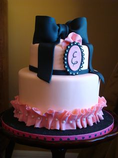 18th birthday cake idea. Pink and navy