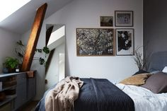 gravity-gravity:  Small bedroom with exposed beams // full house tour here