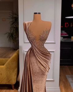 Prom Girl Dresses, Glam Dresses, Event Dresses, Fashion Dresses, Glamouröse Outfits, Classy Outfits, Stunning Dresses, Pretty Dresses, Award Show Dresses