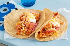 Easy BBQ Shredded Chicken Taco – Heat BBQ sauce and shredded chicken breasts in the microwave, then serve with tortillas and cheese in this easy taco recipe! Pre Cooked Chicken, Cooking Chicken To Shred, Shredded Chicken Recipes, How To Cook Chicken, Roast Chicken, Creamy Chicken, Chicken Taco Recipes, Mexican Food Recipes, Dinner Recipes