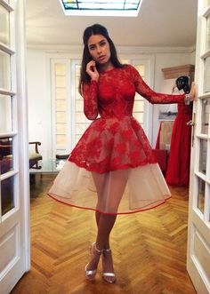 Hot Red Organza Knee Length Cocktail Dresses 2017 Long Sleeves Lace See Through Formal Gowns robe de cocktail Homecoming Dresses Knee Length, Prom Dresses Long With Sleeves, Hoco Dresses, Cheap Prom Dresses, Knee Length Dresses, Short Sleeves, Prom Gowns, Formal Gowns, Dress Long