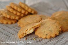 Crackers with cheese and fennel seeds   Crackers al formaggio e semi di finocchio   La cucina di Hanneke