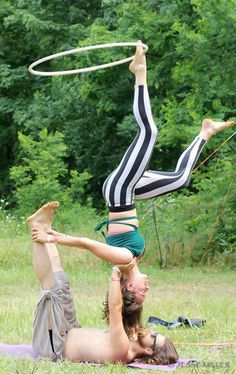 Acro Hooping with Carla Samson and Scott Van Sice | hooping.org
