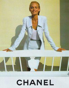 Model: Amber Valletta  For: Chanel