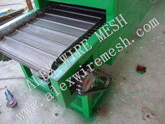 Industrial furnace conveyor belt mesh