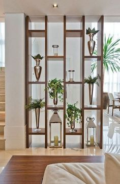 39 Mid Century Modern Living Room Ideas – Seating and Furniture Groups Living Room Partition Design, Living Room Divider, Room Partition Designs, Partition Ideas, Room Divider Shelves, Wood Partition, Wall Dividers, Room Partition Wall, Office Dividers